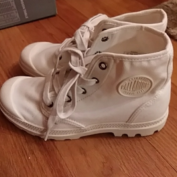 95db1e4433 Palladium Shoes | Sneakers Sz 8 | Poshmark
